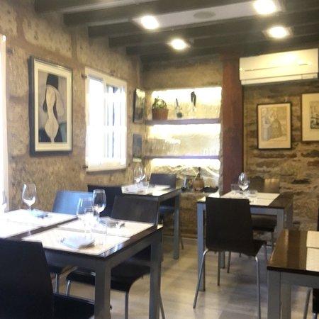 Restaurante gambrinus en santiago de compostela con cocina for Cocinas santiago de compostela