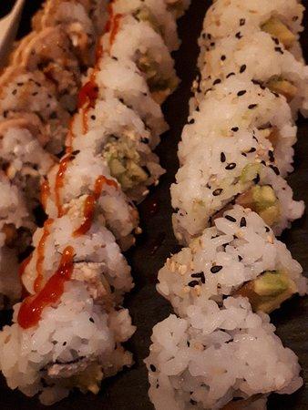 Ono Sushi Experience: Uramaki...