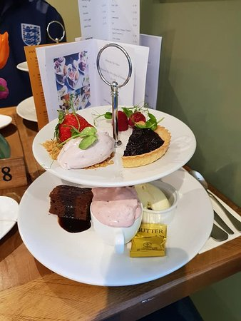 Durham, UK: Scone and sweets from afternoon tea for one person.