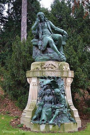 Statue de Bernardin de Saint Pierre