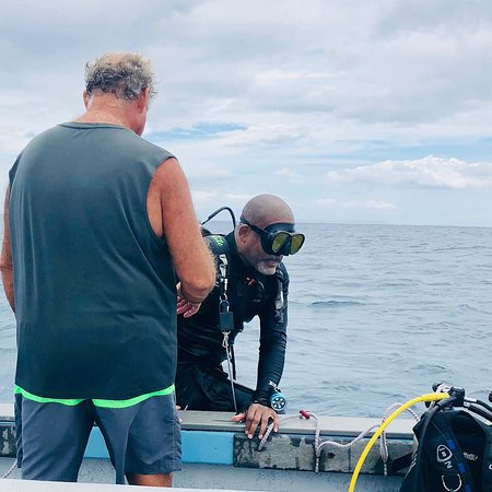 Bubbles Below Scuba Charters: Another dive completed!