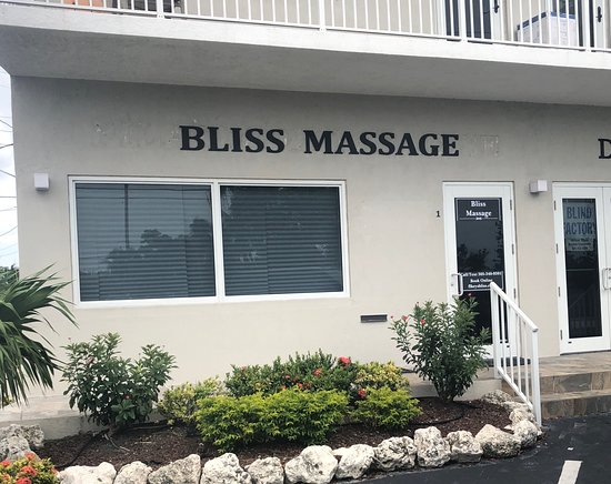 ‪Bliss Massage‬