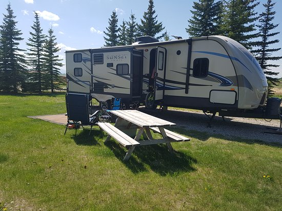 Calaway Park RV Park and Campground : Full service back in site ~ 28 ft trailer