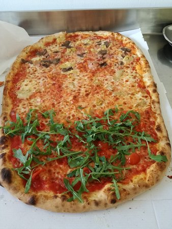 Paitone, Italy: Pizza Italia