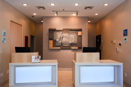 Holiday Inn Express Hotel Suites New Boston 109 1 8 Updated 2018 Prices Reviews Tx Tripadvisor