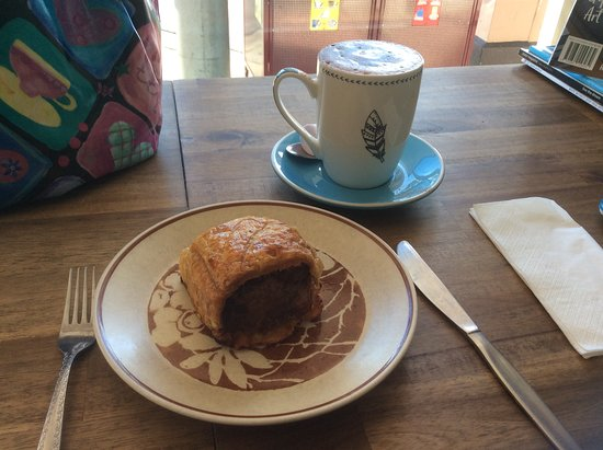 Trafalgar, Australien: Nice chocolate and superb sausage roll