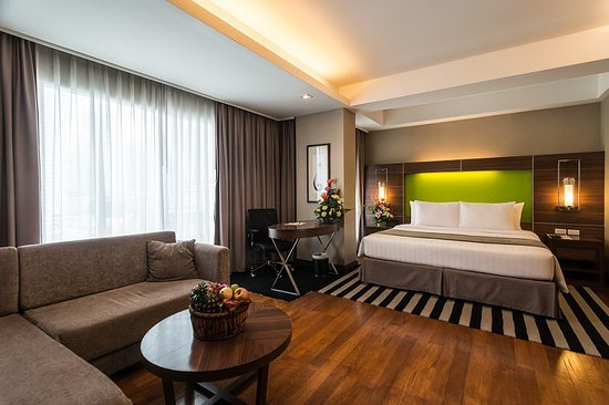 Great Hotel In Sukhumvit With Easy Access To Bts And Mrt Review