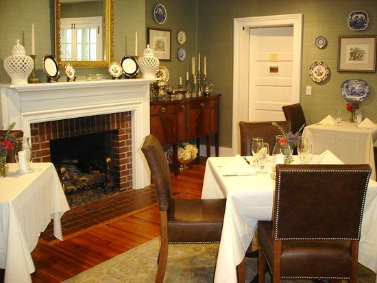 Goshen, NY: One of the dining rooms