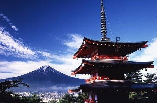 5-våningspagoda och Mt Fuji utsikt ...