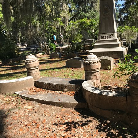 Bonaventure Cemetery: photo2.jpg