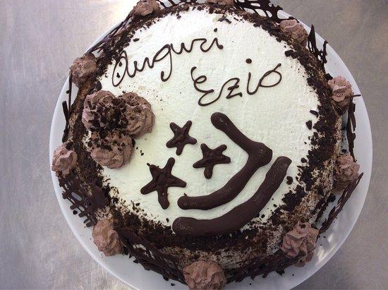 Frossasco, Италия: Un altro compleanno festeggiato con una ottima torta... i bambini hanno apprezzato