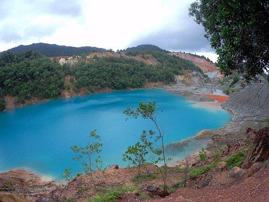 Muadzam Shah, Μαλαισία: blue lake 3