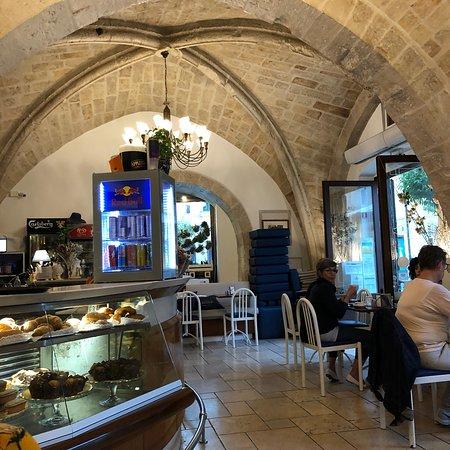 Nuovo premiato caffe 39 venezia monopoli ristorante for Nuovo arredo monopoli