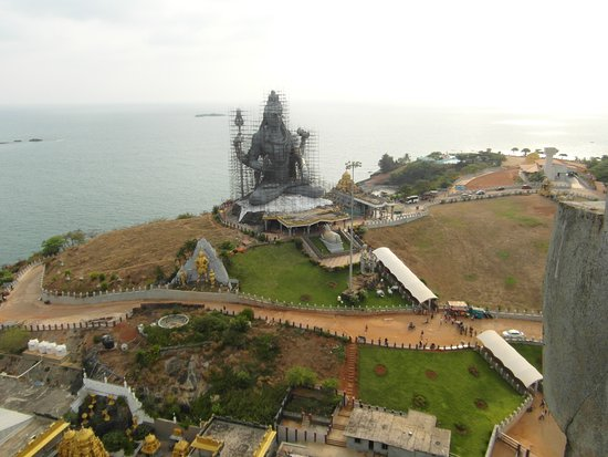 RNS Residency: Statue Celebrating Lord Shiva