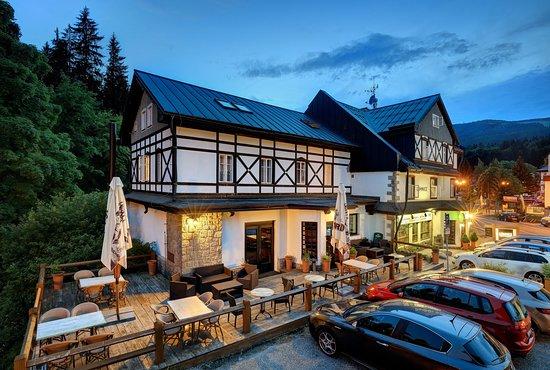 Hotel Lomnice