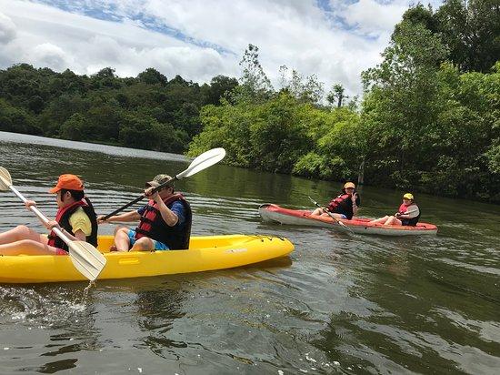 Madagui Forest Resort: Kayaking in Thac Voi lake