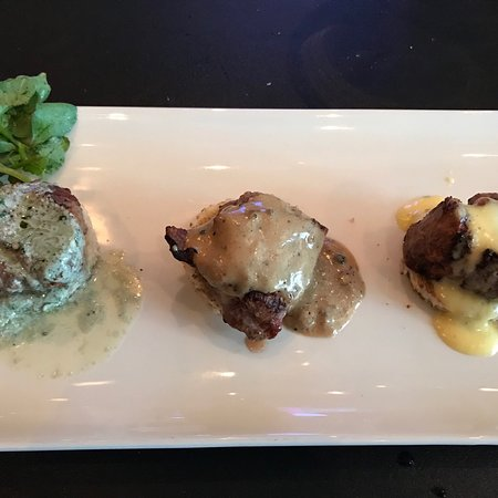 Morton's The Steakhouse: photo2.jpg