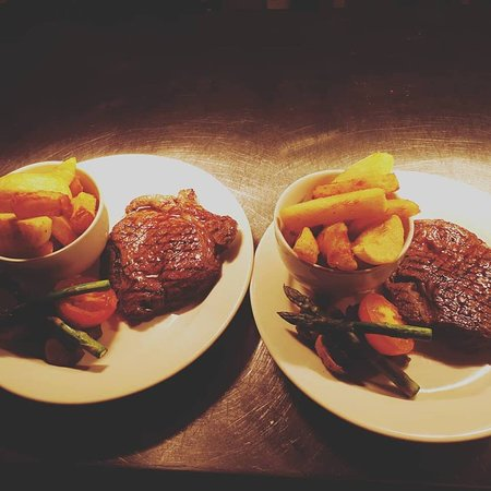 Aberdovey, UK: Wine & Dine - 2 Steaks for £35