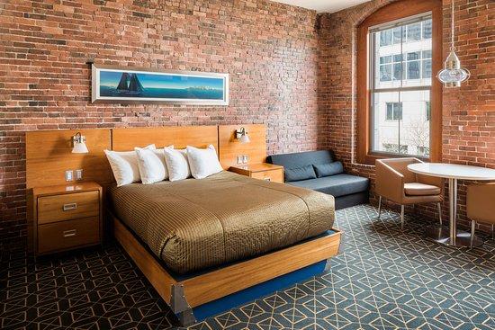 Harborside Inn Hotel