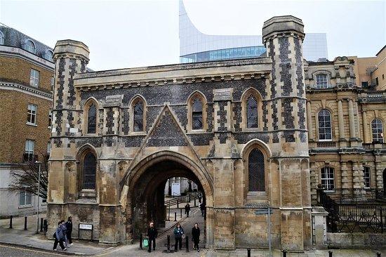 Reading, UK: Abbey Gateway - photo by Chris Forsey