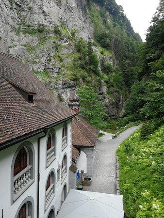 Pfaefers Dorf, Schweiz: IMG_20180608_152052_large.jpg