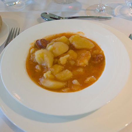 Restaurante Vivanco: Patatas a la Riojana: aceptables y abundantes