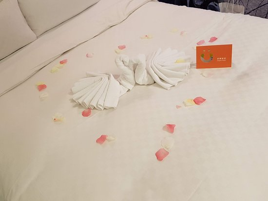 CityInn Hotel - Taipei Station Branch II: 旅店員工給我們的驚喜 :)