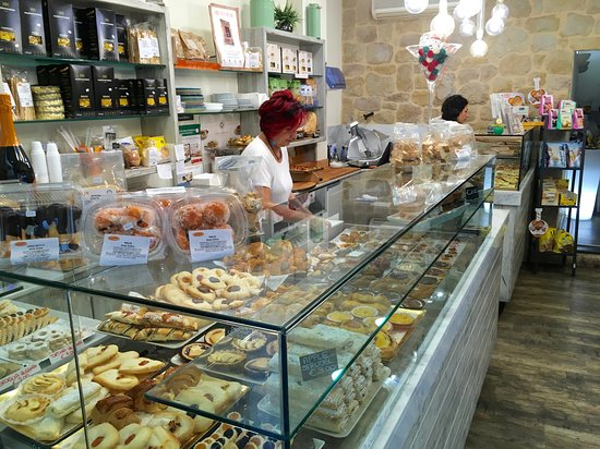 Starbene Gold: Delightful gluten free bakery/shop, most delicious food!
