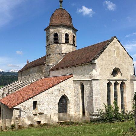 Abbaye Saint-Pierre de Gigny