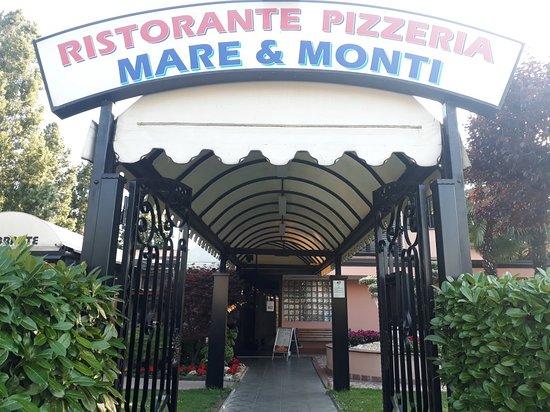 Melzo, Italia: 20180614_192322_large.jpg