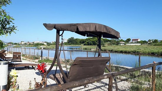 Foce Varano, Italy: relax in riva al lago