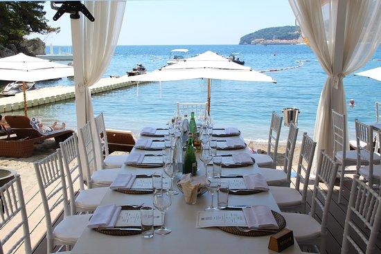 Dukley Beach Lounge: Lunch at Moet & Chandon Beach Bar