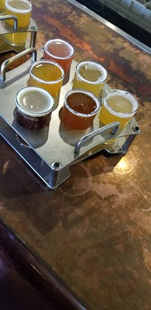 Boulder Dam Brewing Company: Nice stope for a Friday lunch