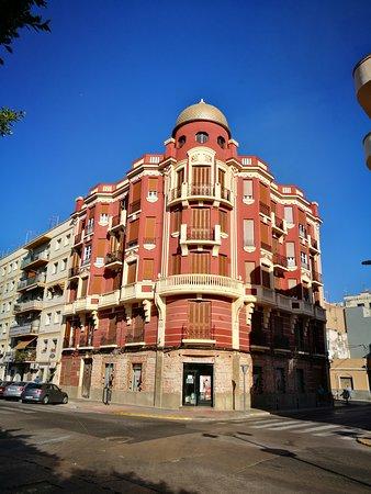 Edificio Rojo