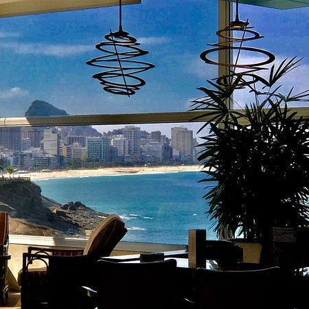 Lobby bar with lovely views: Sheraton Grand Rio Hotel