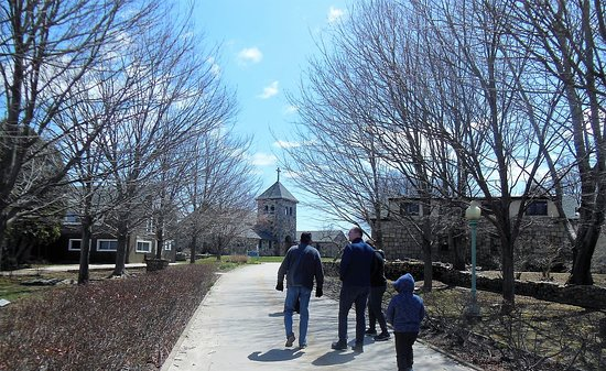 Stonington, CT: grounds