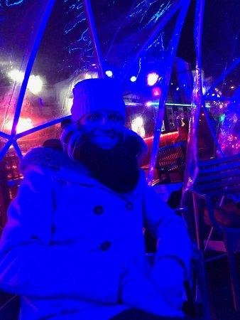 230 FIFTH ROOFTOP BAR NYC: Inside igloo