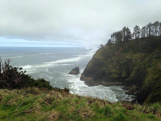Ilwaco, WA: View from path that leads to light house