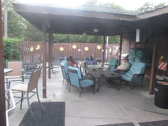 Mahtomedi, MN: Great patio area