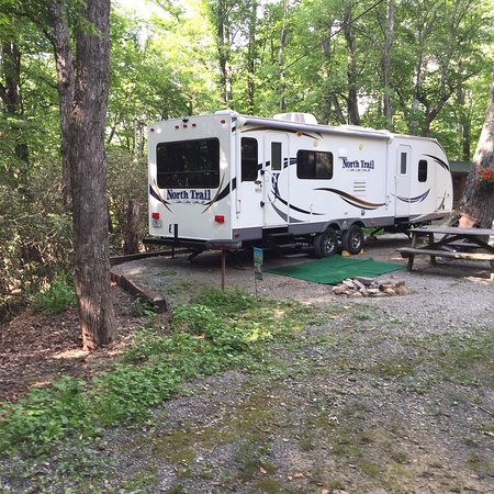 Linville Falls Campground RV Park & Cabins: photo1.jpg
