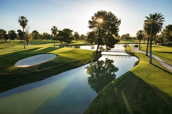 Litchfield Park, AZ: Golf course