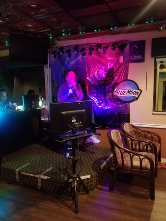 Lagoon Lounge