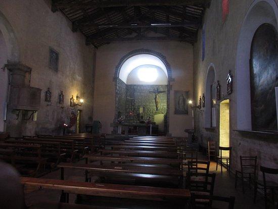 Chiesa della Santissima Trinità: interno chiesa