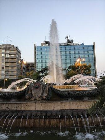 Stazione Bari Centrale: Piazza Aldo Moro,