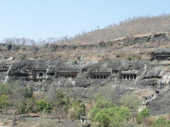 アジャンター石窟外観