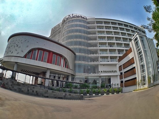 Hotel Baru yang Menawan