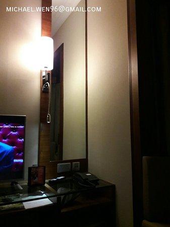 Rosedale Hotel Hong Kong: 1529133724575_large.jpg