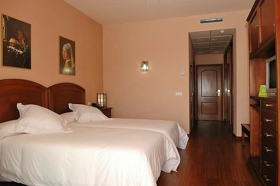 Ojen, Spain: Guest room