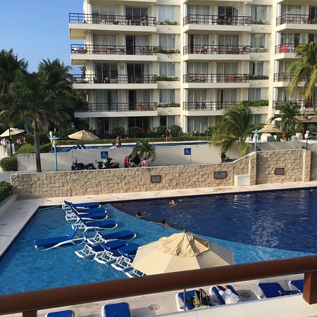 Ixchel Beach Hotel: photo1.jpg
