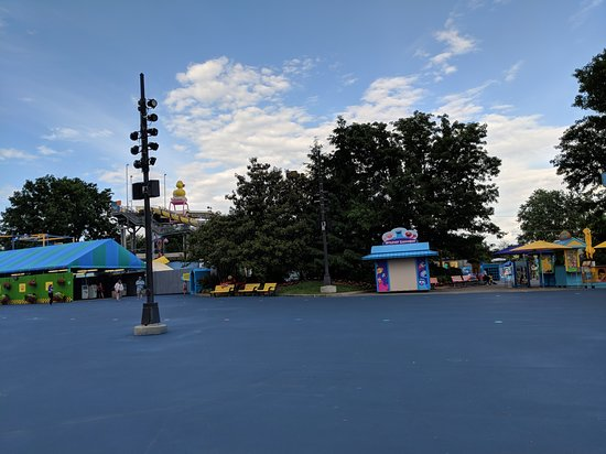 Sesame Place: 5.30 pm - time to go